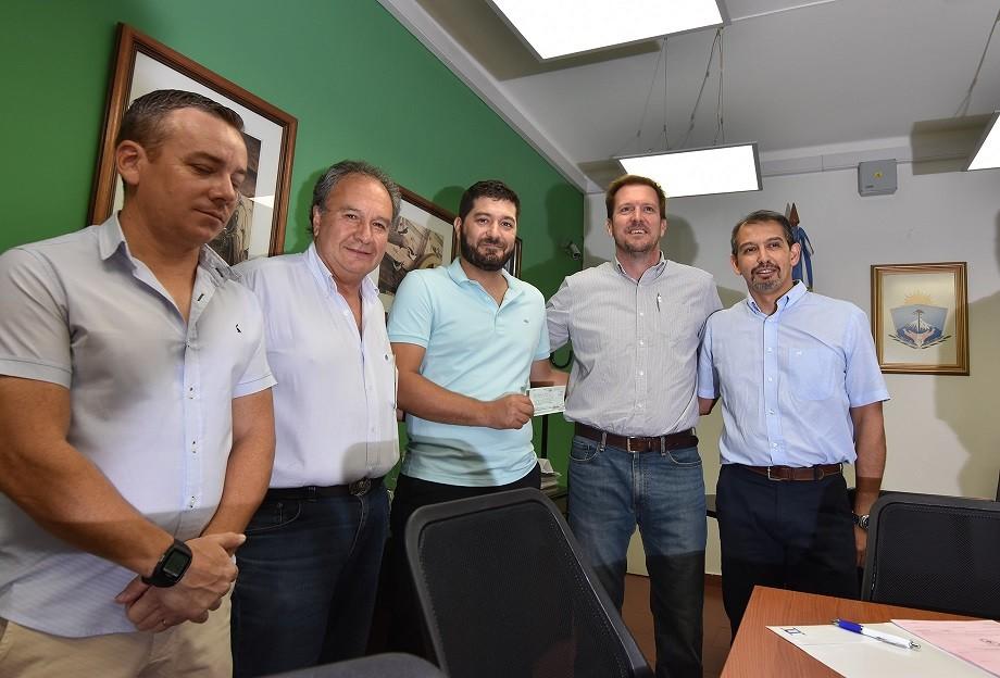 Enim firmó un convenio con Municipio de Huincul por la fábrica de vidrio