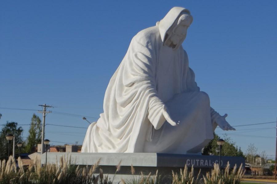 Monumento Cristo - Vía Crucis - Cutral Co
